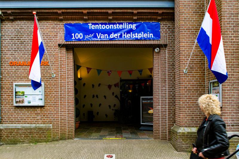 EL3_8761-1Van-der-Helstplein-100-jaar.jpg