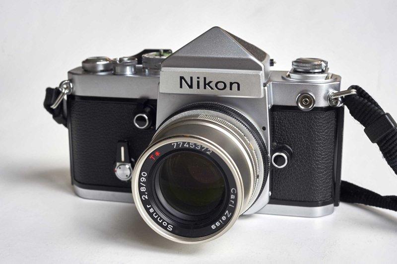 F mount G-S90 with Nikon F2 eye level