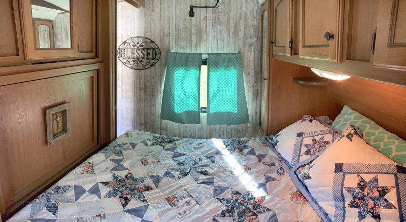bedroom looking left.jpg