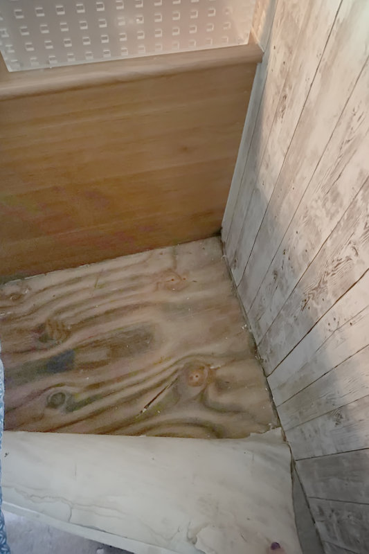 leak bedroom.jpg