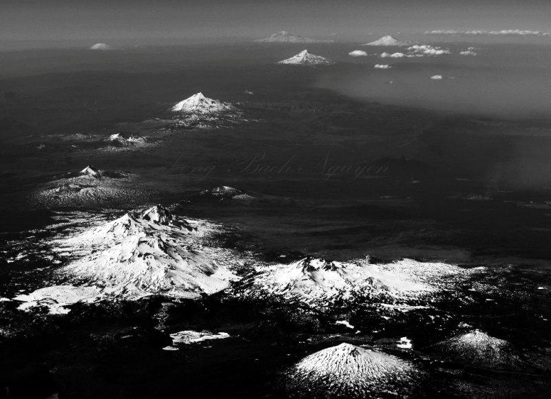Mt Bachelor, Broken Top, Three Sisters, Bellknap Crater, Mt Washington, Three Fingered Jack, Mt Jefferson, Mt Hood, Mt Adams,