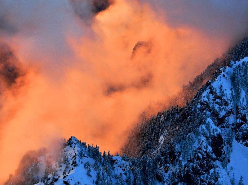 Fiery Sunset on Garfield Mountain, Cascade Mountains, Washington 761