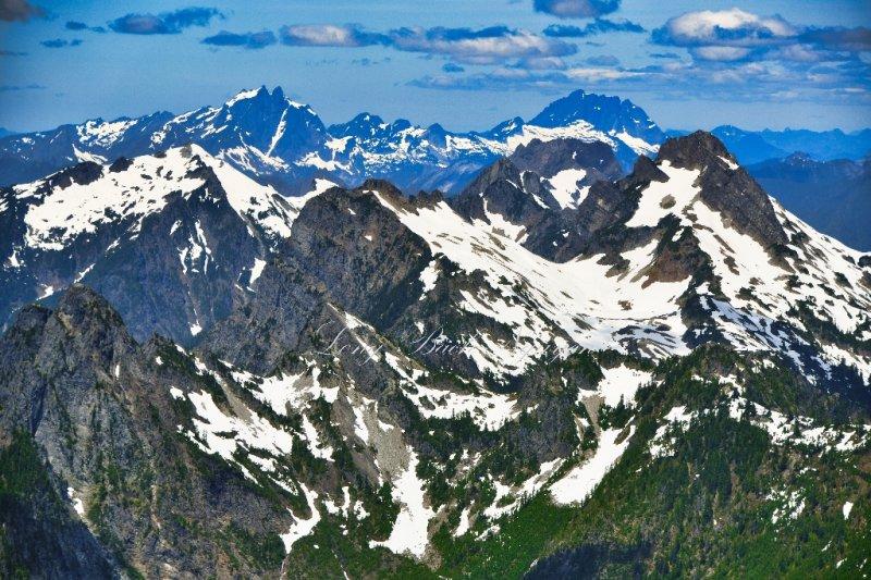 Gothic Peak, Foggy Pass, Del Campo Peak, Lewis Peak, Morning Star Peak, Three Fingers, Mt Bullon, Whitehorse Mountain, Cascade M