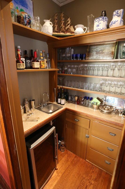 small wet bar room