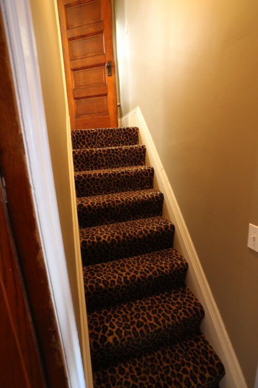 butlers stairs second floor to kitchen