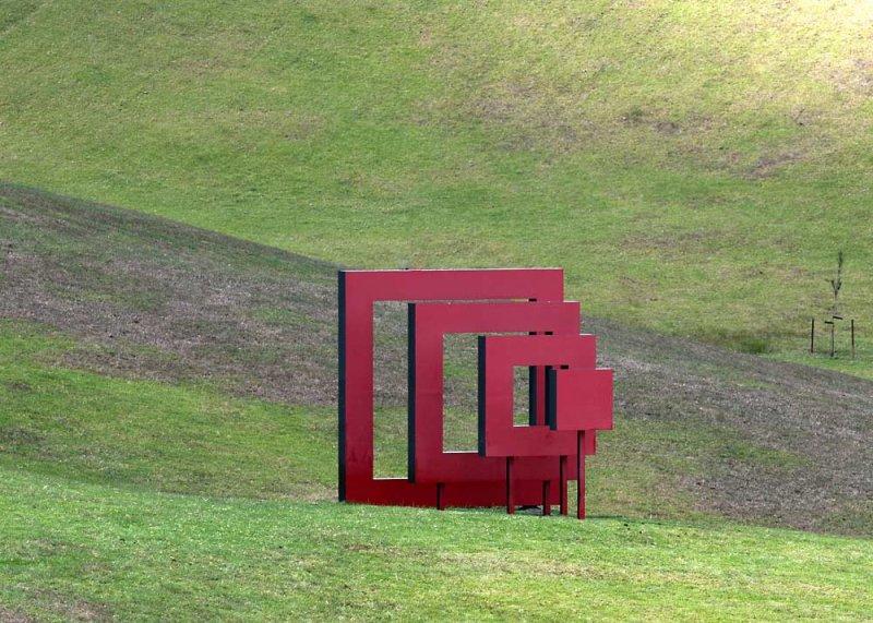 IMAGE: http://www.pbase.com/mark_vuleta/image/149355588.jpg