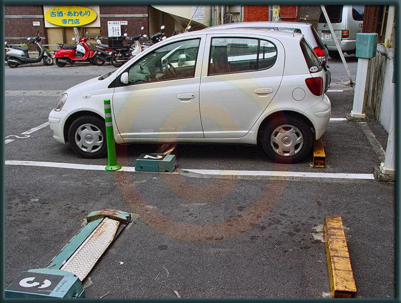 Self-policing Parking Meters