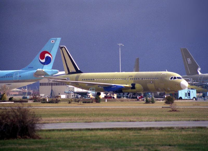 TLS AB6 KE WWAT - A320 No40