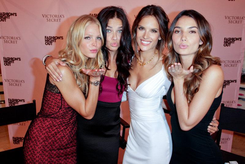 Supermodels  Erin Heatherton, Adriana Lima, Alessandra Ambrosio and Lili Aldridge