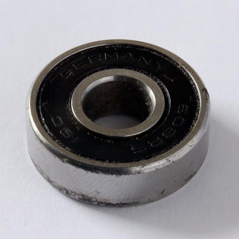 608RS bearing focus stack
