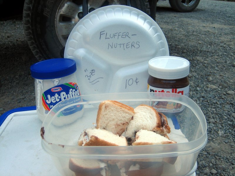 fluffernutter stand with no buyers or even takers (except the PCT thru-hiker)