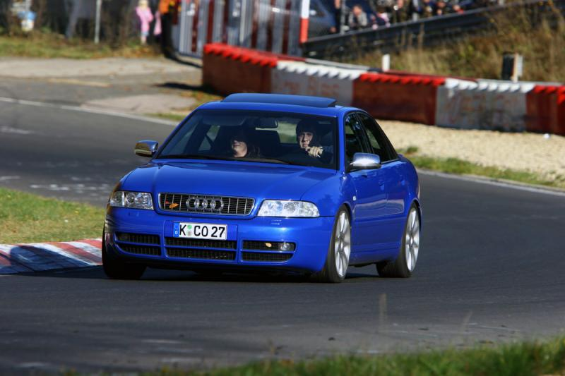 Nogaro Blue Audi S4 on Nürburgring Nordschleife 2.jpg
