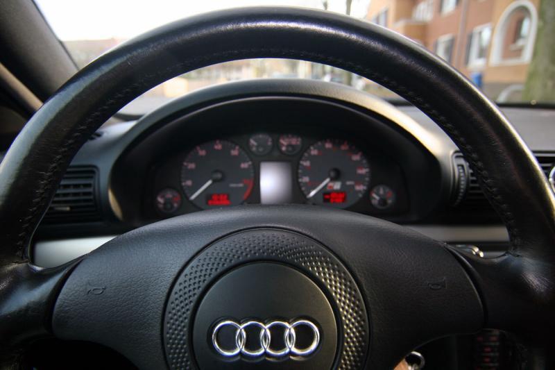 Nogaro Blue Audi S4 Interior 1.jpg
