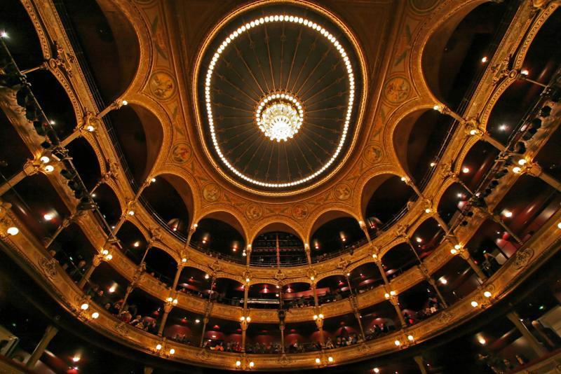 Brasil Brasileiro au Théâtre du Châtelet le 25 décembre 2005