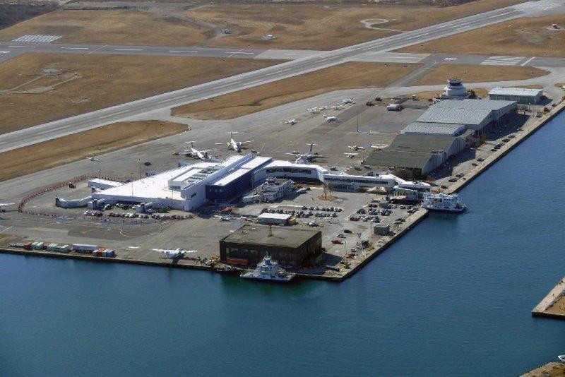 Billy Bishop Toronto City Airport, Toronto, Ontario