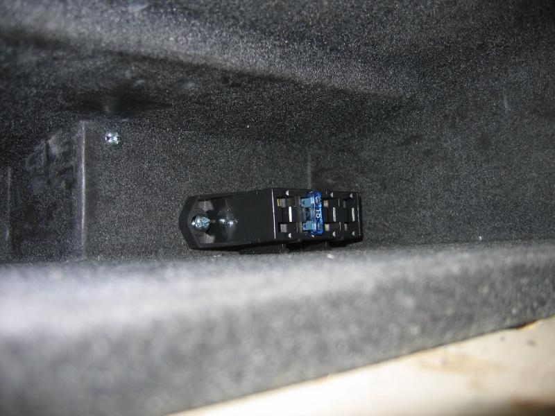 fuse block mounted in the glovebox. Black Bedroom Furniture Sets. Home Design Ideas