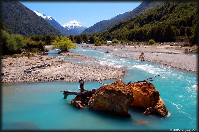 Lunch break at the Rio Azul (Blue River)