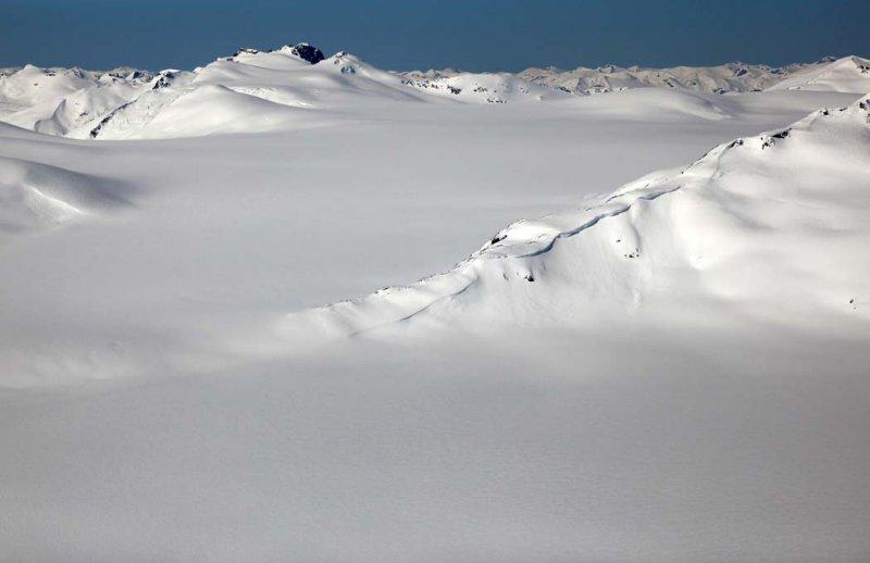 Treble Mountain, View SW <br> (CassiarCambria043009-_095.jpg)