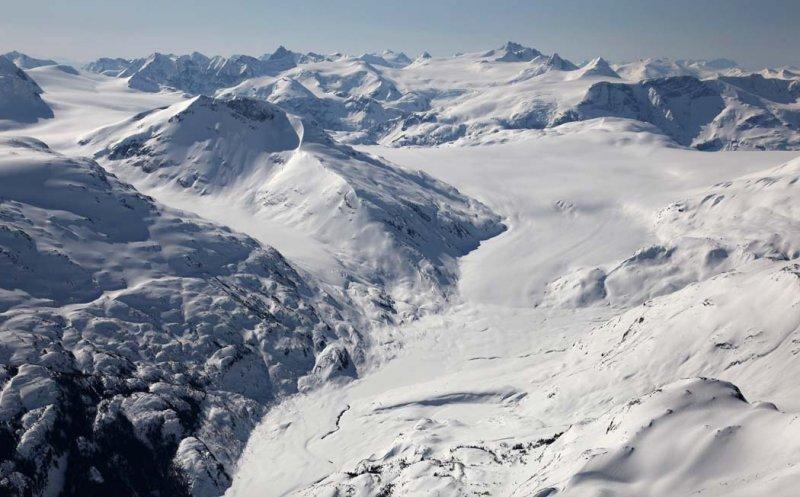 Cambria Icefield & Otter Mt, View S Across Todd Glacier <br> (CassiarCambria043009-_030.jpg)