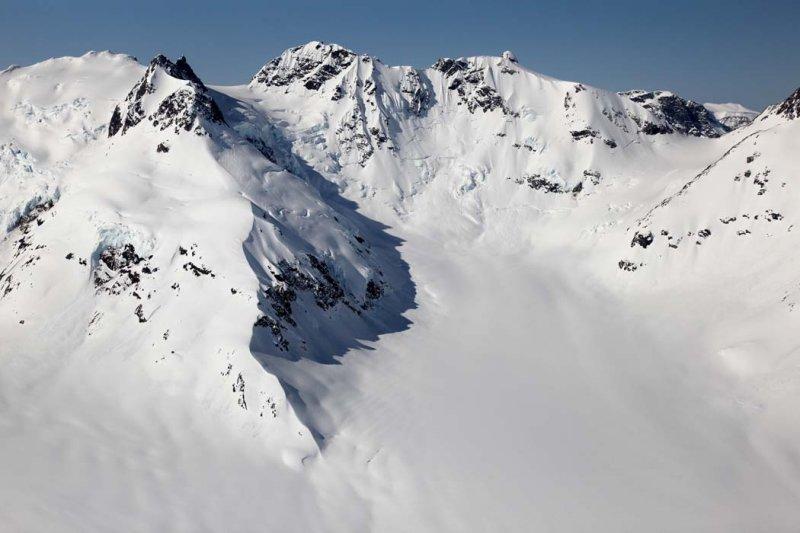 Pearson Peak, E Face <br> (CassiarCambria043009-_056.jpg)