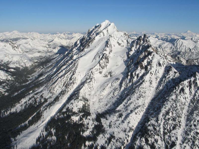 Mt Stuart & Sherpa Pk, View NW <br>(StuartEnchantments020906-004adj.jpg)