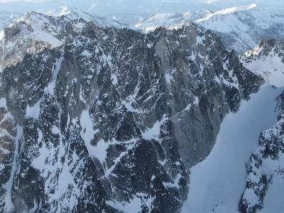 Dragontail, NW Face <br>(StuartEnchantments020906-108adj.jpg)
