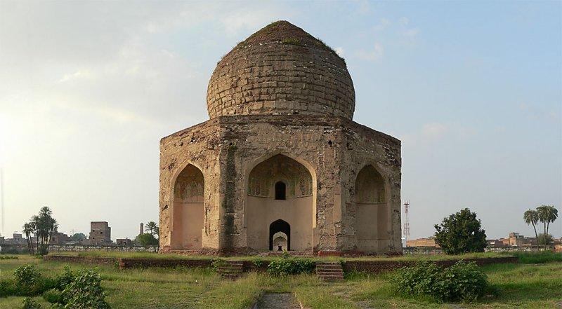 Asif Khans Tomb - 0044-3.jpg