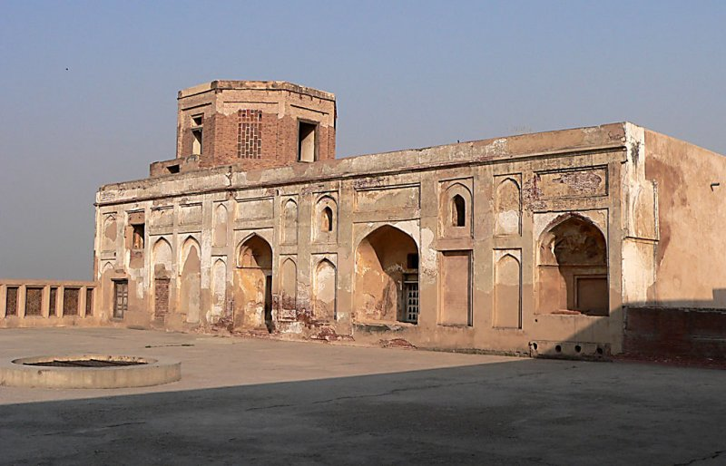 Lahore Fort - P1000235.jpg