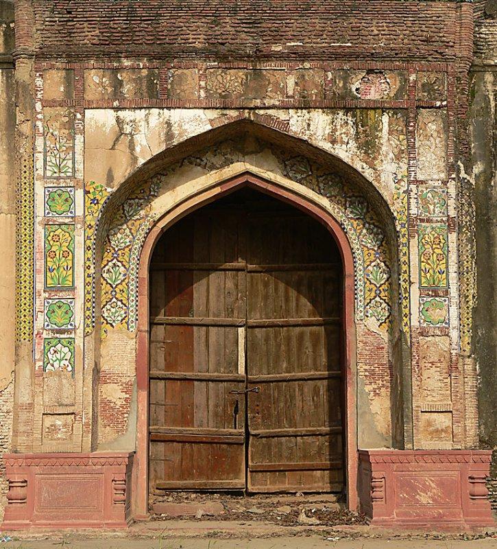 Mihrab at Lower Terrace - Shalamar Garden - 0610.jpg
