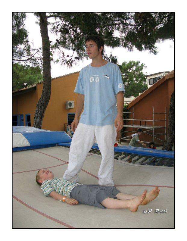 0620 - Max au trampoline