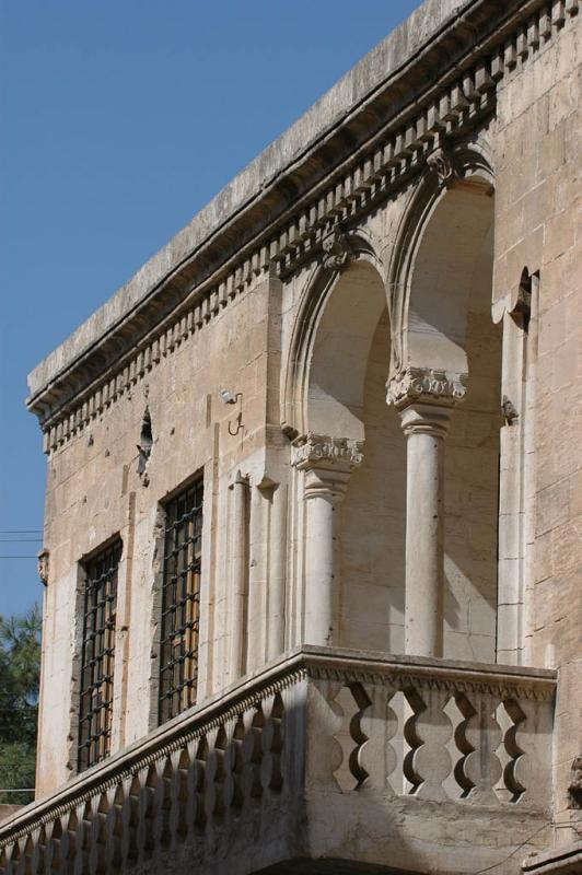 Şanlıurfa at Salahiddini Eyübi Mosque 3621.jpg