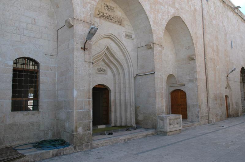 Şanlıurfa at Salahiddini Eyübi Mosque 3626.jpg