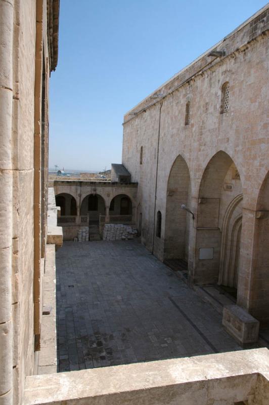 Şanlıurfa at Salahiddini Eyübi Mosque 3637.jpg