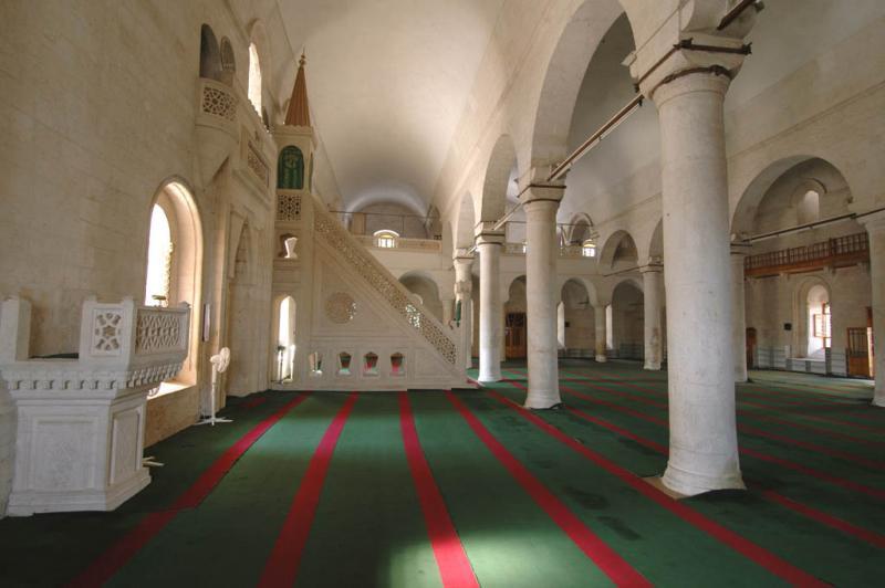 Şanlıurfa at Salahiddini Eyübi Mosque 3654.jpg