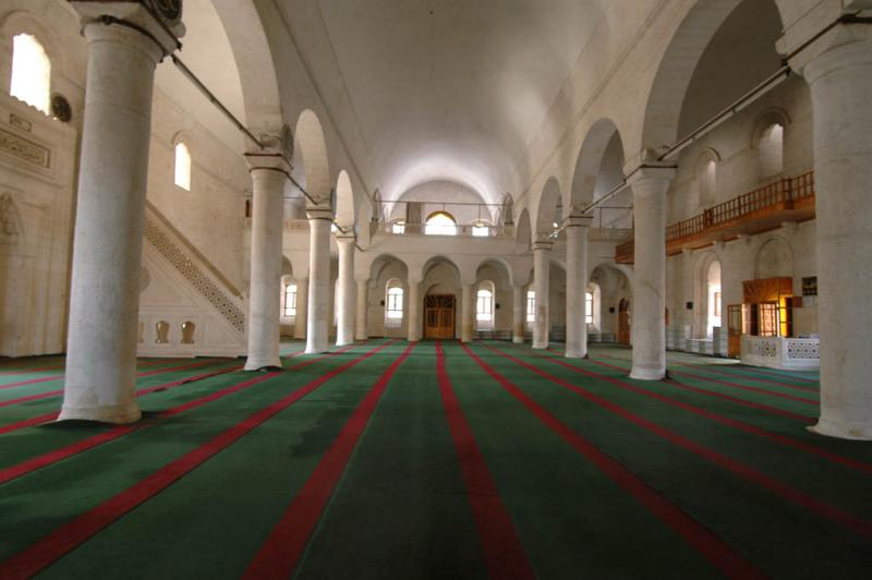 Şanlıurfa at Salahiddini Eyübi Mosque 3657.jpg