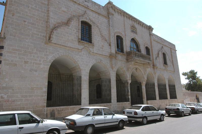 Şanlıurfa at Salahiddini Eyübi Mosque 3683.jpg