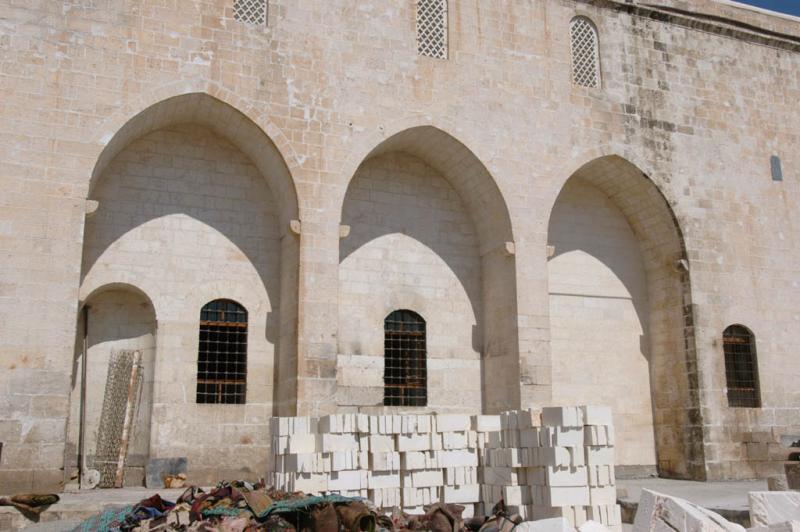 Şanlıurfa at Salahiddini Eyübi Mosque 3688.jpg