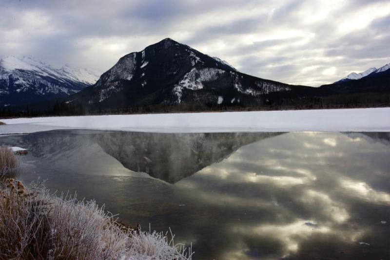 Banff Vermillion Lake.jpg