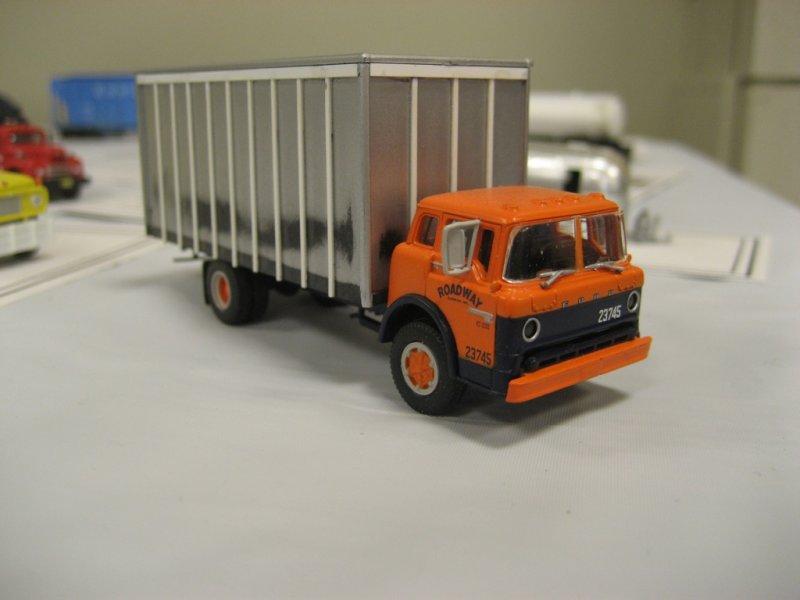 Leo Landrys Ford C box truck