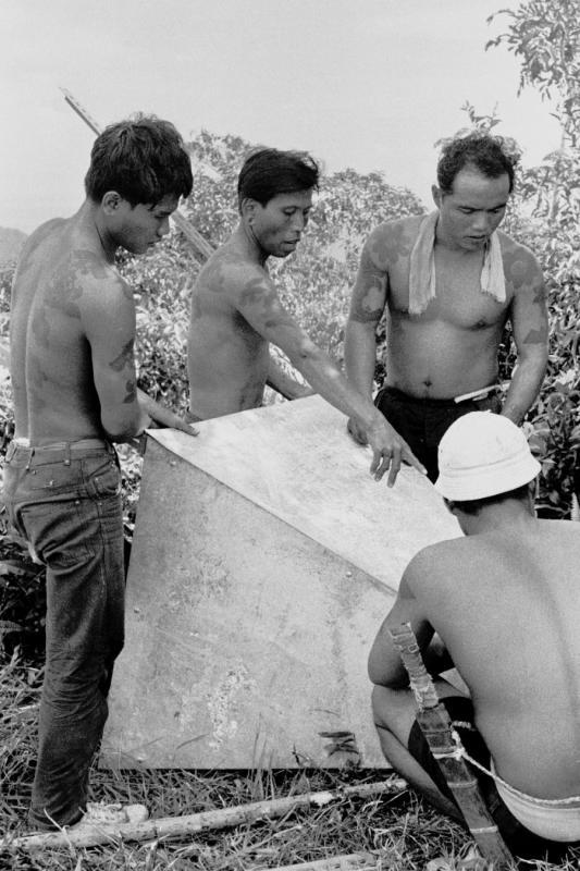 1968 Sabah - Building a surveyors beacon