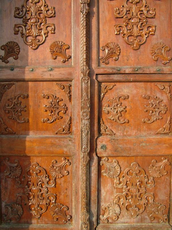 Old Doors National Museum Kuwait JPG photo - David Henderson