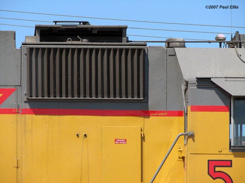 Geep Roofline Dustbin/Electrical Cabinet Roofline Transition