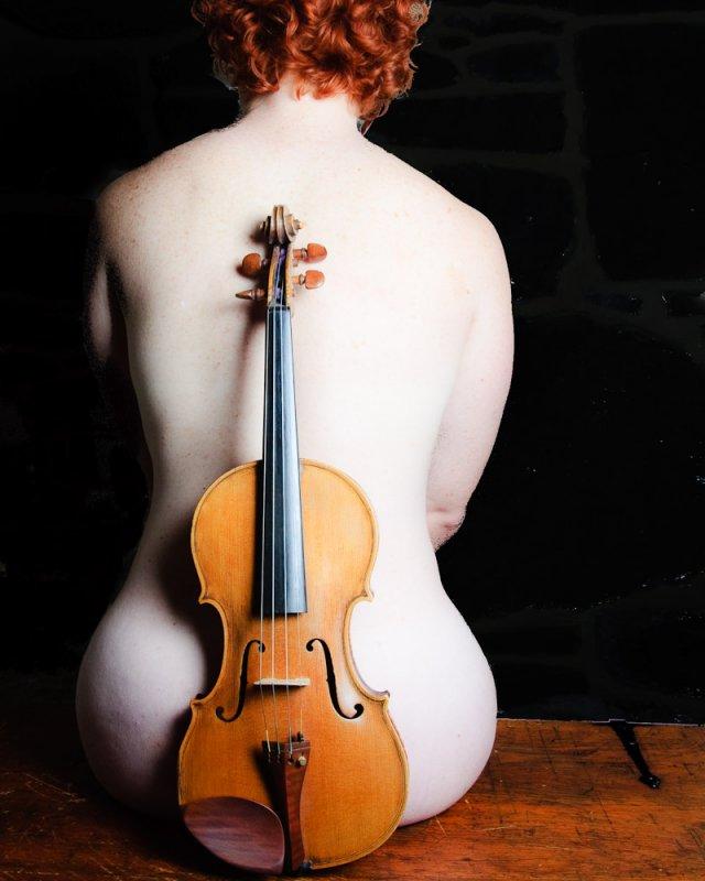 ds20091119c-0239w kristie violin.jpg