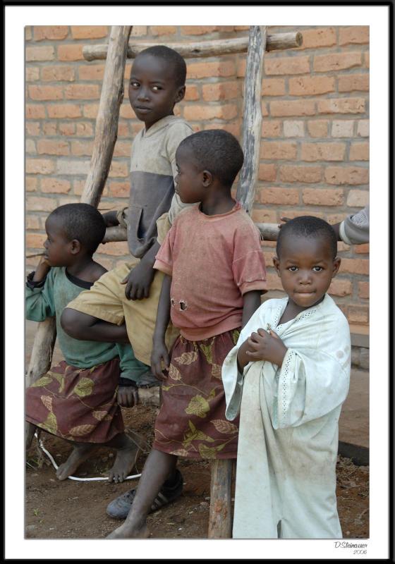 ds20060307_0265awF Boys.jpg