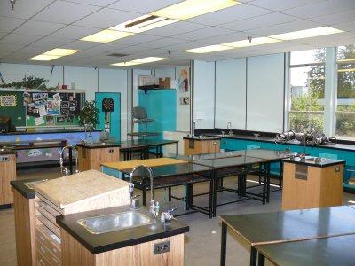 Mr. Ennis Chem lab .jpg