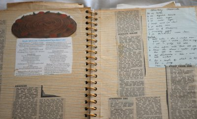 The old cookery scrapbook