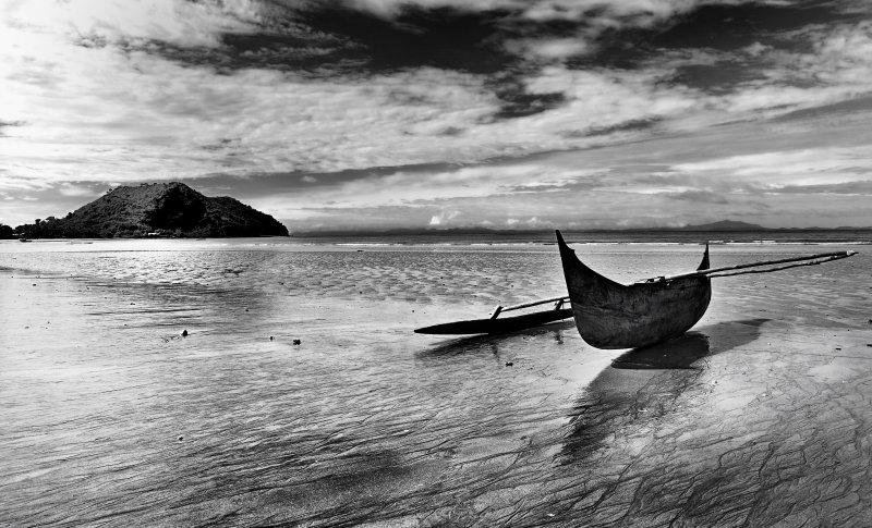 Ambondrona Seascape