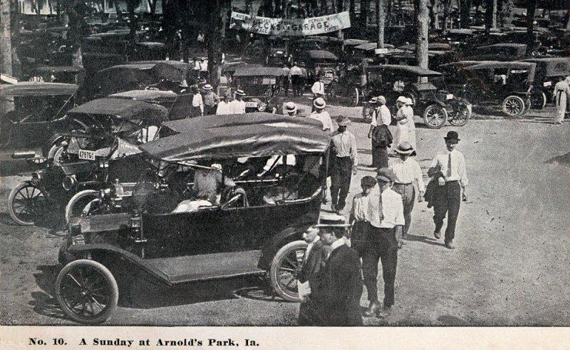 Sunday at Arnolds Park