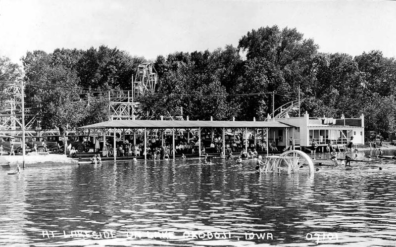 Arnolds Park Lakeside