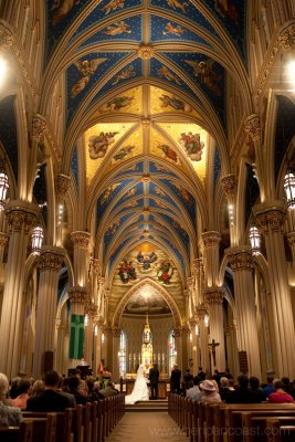 Wedding photos, Notre Dame, Basilica of the Sacred Heart